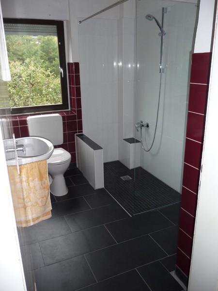 badewanne auf duschfeld behindertengerecht umbauen zuschu von krankenkasse. Black Bedroom Furniture Sets. Home Design Ideas